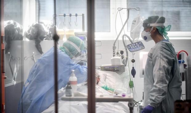 ¿Cómo viven lxs médicxs, en su casa, el COVID-19?